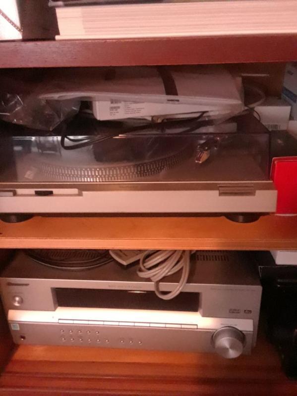 Turntable,  electronics