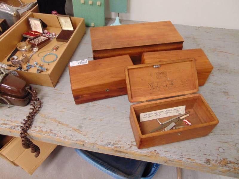 4 Lane Furniture Boxes