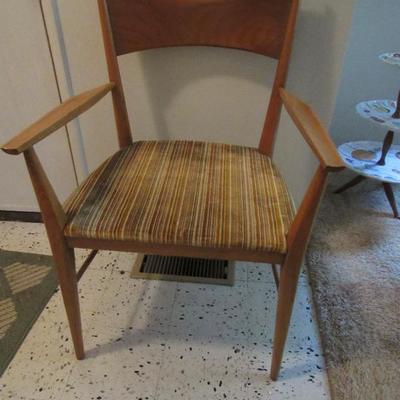 Paul McCobb bowtie chair