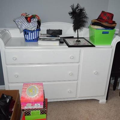 Dresser, Shoes, Hats, Home Decor