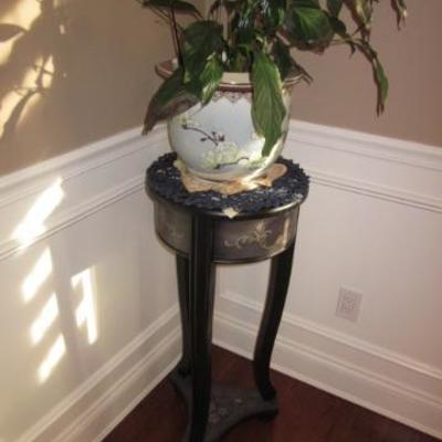 Pedestals/Plants