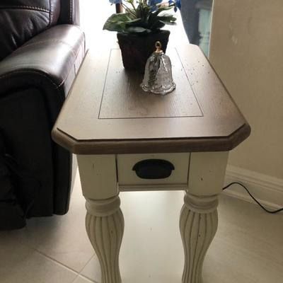 Buff paint and Natural wood slender side/end table