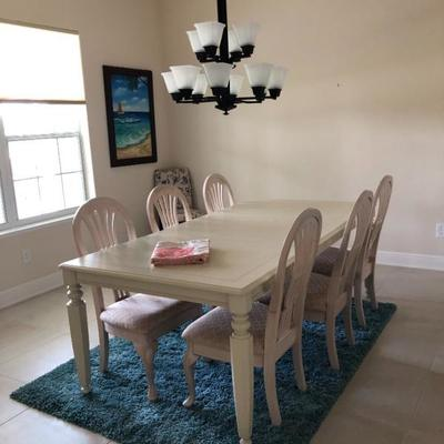 Buff Dining Table w/6 Chairs