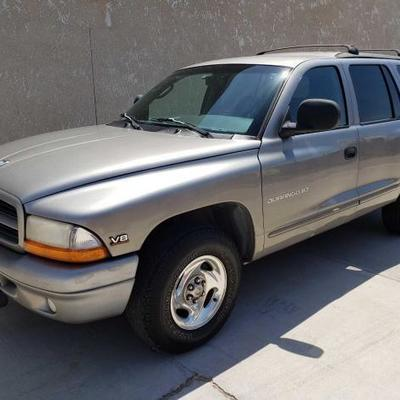 #140: 1999 Dodge Durango, See Video! Cold A/C! Leather interior with power seats, locks, and mirrors. Has cruise control. VIN:...