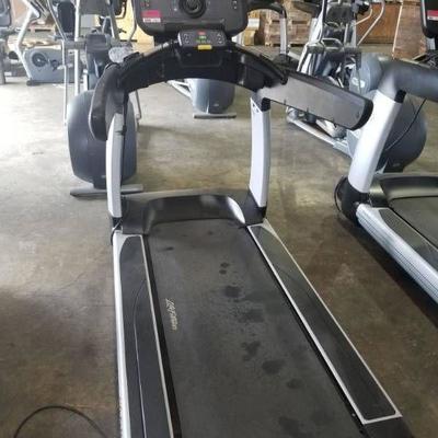 Life Fitness Flex Deck Treadmill T95