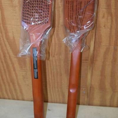 2 Grill Mark Hardwood Grill Brushes