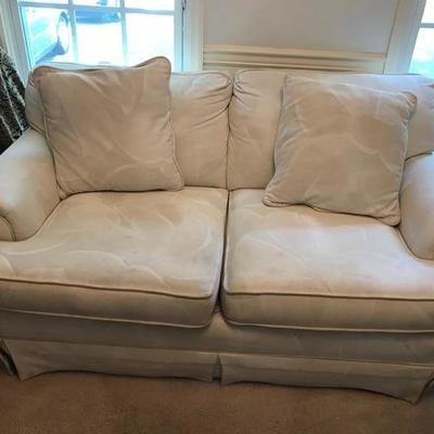 Loveseat $165