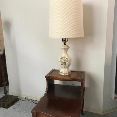 Leather top 2 tier end table