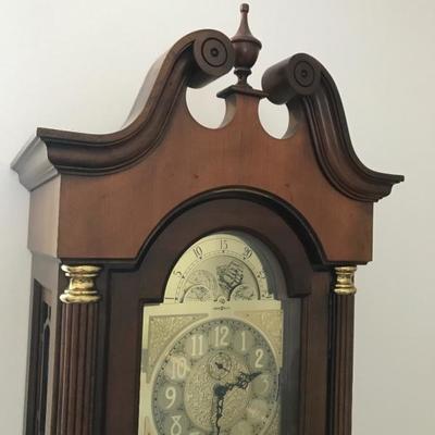 Howard Miller grandfather clock 80 t x 18.5 w x 10.5 d