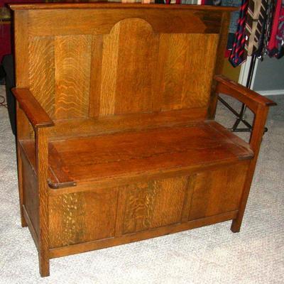 Oak bench with storage