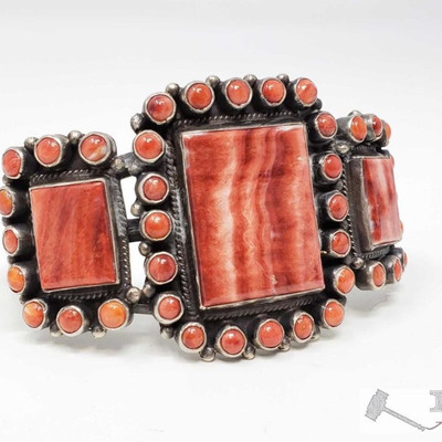 618:  Native American Sterling Silver Navajo Handmade Spiny Oyster Cuff Bracelet, 49.9g Weighs approx 49.9g