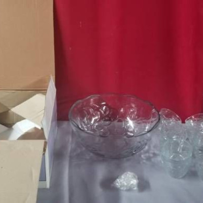 Glass Punch Bowl Set - Bowl and Cups