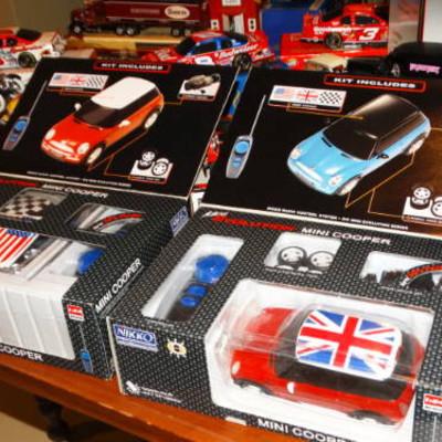 Lots Of Snap On Toys & Memorbilia