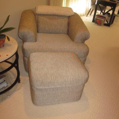Kreiss Silk Club Chairs
