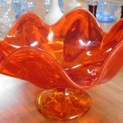 Amberina Glass - Center Bowl