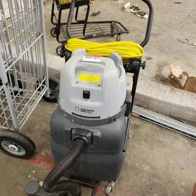 Advance AWD 315 wet dry vacuum