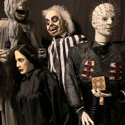 SPOOKED! Massive collection of Halloween Animatronics. #happyhunting