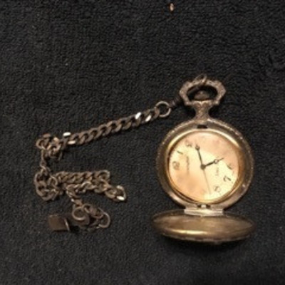 Remington Duck Motif Pocket Watch with Safety Chai ...