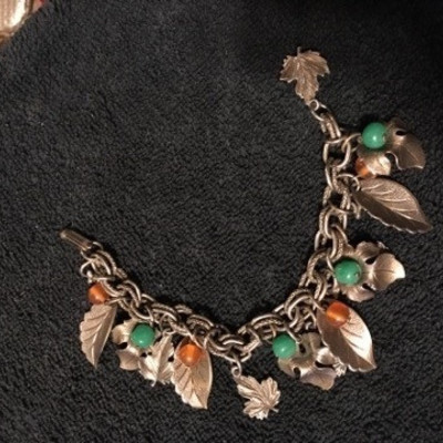 Leaves and Beads Bracelet