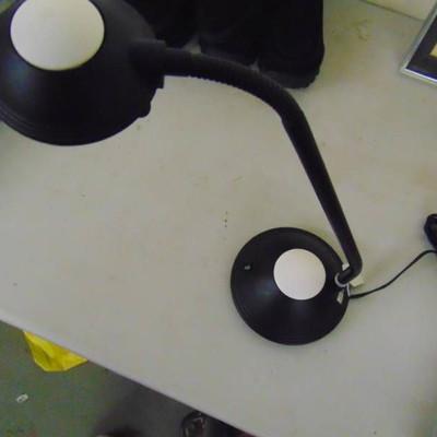 Executive Led Adjustable Desk Lamp