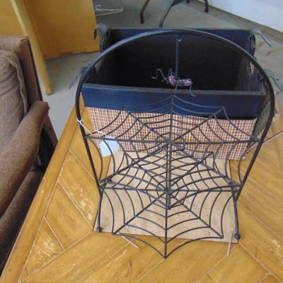 Basket and spider holder