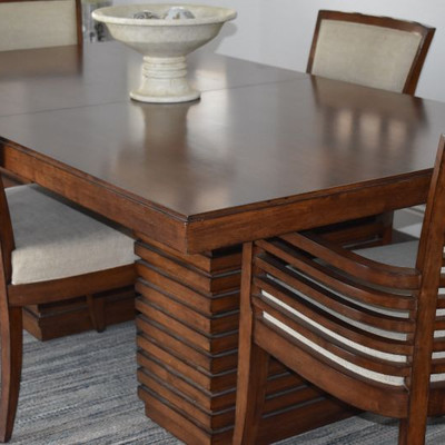 Tommy Bahama Dining Table, 4 Chairs