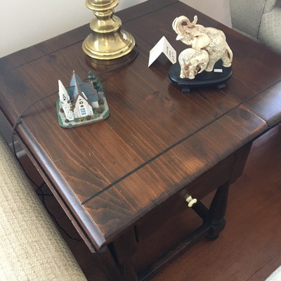Ethan Allen, Drop Leaf End Table with Drawer - $48
