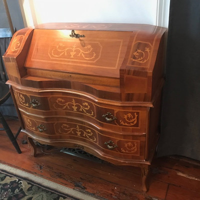 Queen Anne style inlaid writing desk $185