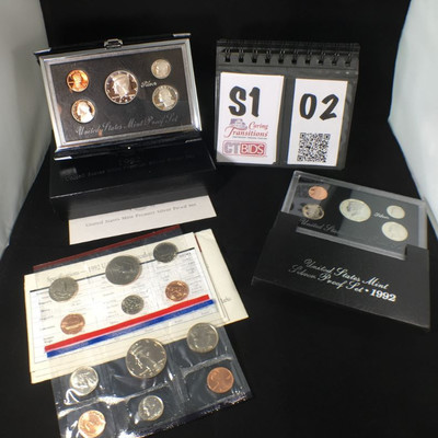 1) 1992 Silver Proof Set of 5 coins with