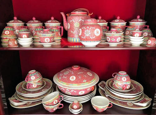 NNS108 Huge Chinese Porcelain Ware Set