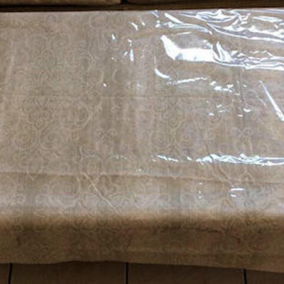 NNS026  Wooden Table & Table Cloth & Plastic Cover