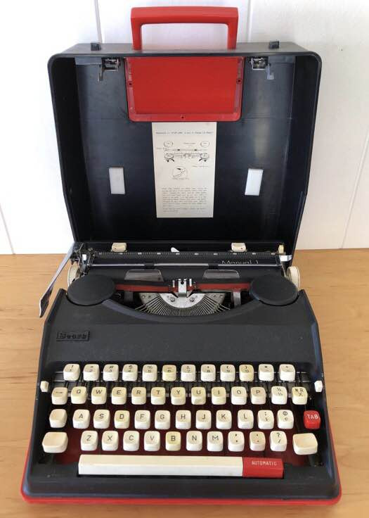 NNS155 Vintage Sears Typewriter