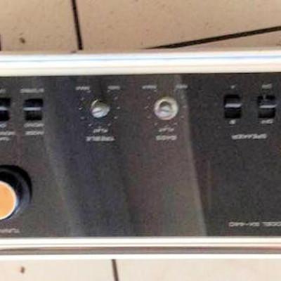 NNS021 Pioneer Stereo Receiver & Turntable