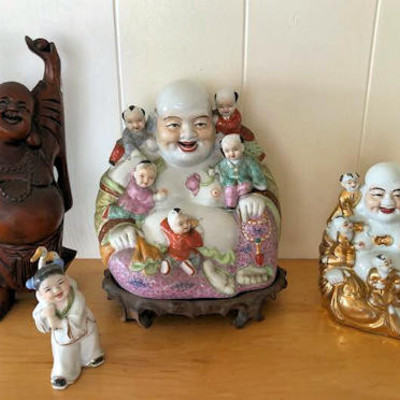 NNS123 Four Laughing Figurines