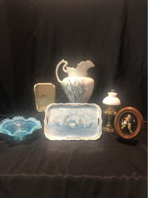 Seiko Clock, Orchid Myott Son Vase, Ming Series Hand Crafted