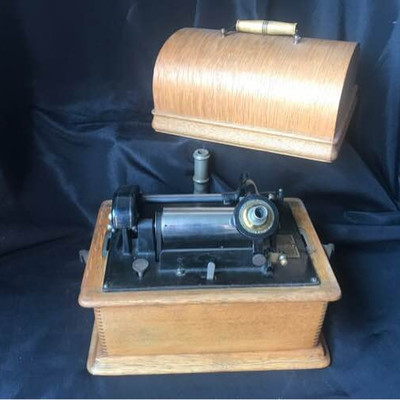 Edison Amberola Phonograph Cylinder Record Player