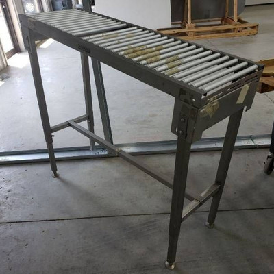 Hobart conveyor table