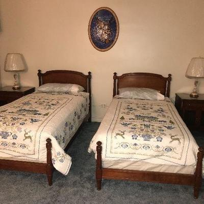 Twin beds still by Kindel