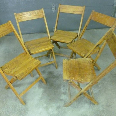5 vintage wood folding chairs...