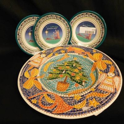 Display Plates (4 Items)