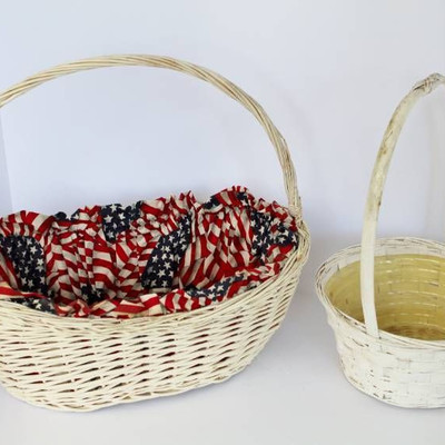Beautiful woven bag and basket variety..