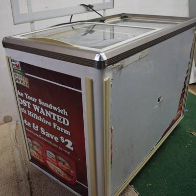 Hussmann Clear Top-Opening Refrigerator Freezer- P ...