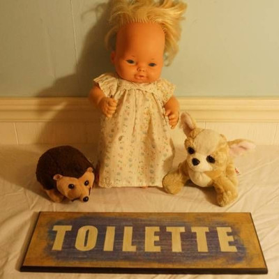 1974 Mattel Baby Tender Love Doll-Toilette sign-pu ...