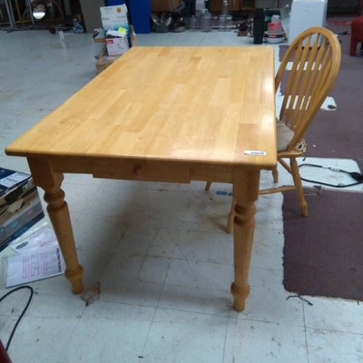 Dining Room Table Single Drawer on One End with On ...