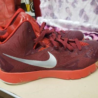 Nike Lunarlon Size 8