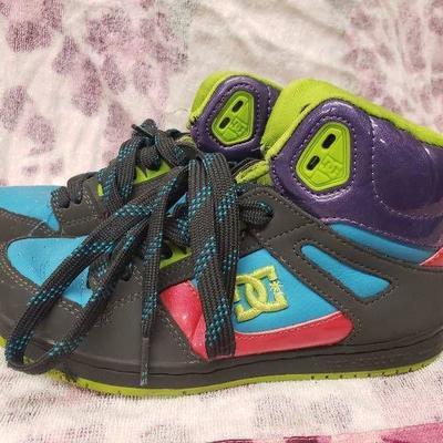 DC Shoes Size 7.5