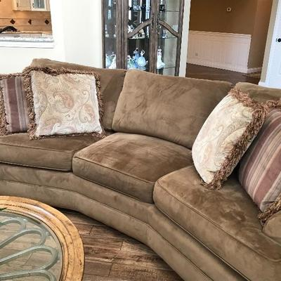 Dellinger Wedge Sofa From Waler E Smithe w/4 Accent Pillows