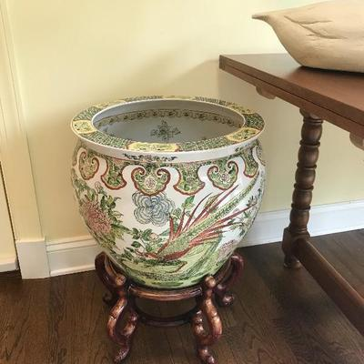 Chinese planter with stand