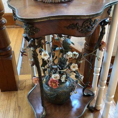 CH046: Neoclassicism French Provincial Parlor Room Flower End Table Local Pickup  https://www.ebay.com/itm/113810492445