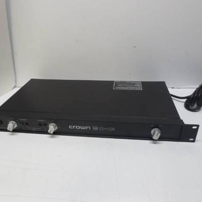 Crown D-45 amplifier (no power)